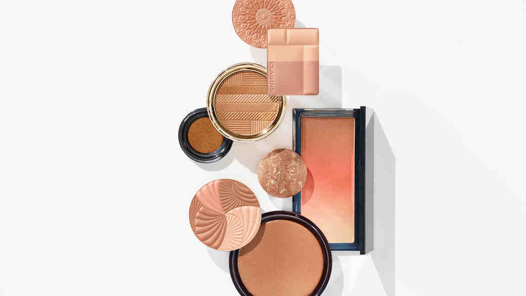 The Right Way to Apply Bronzer