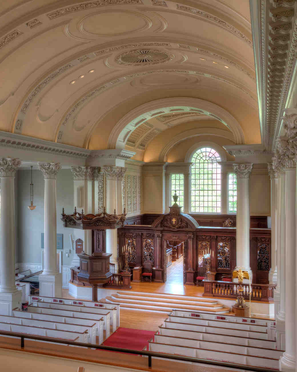 15 Beautiful College Campuses Where You Can Get Hitched | Martha ...