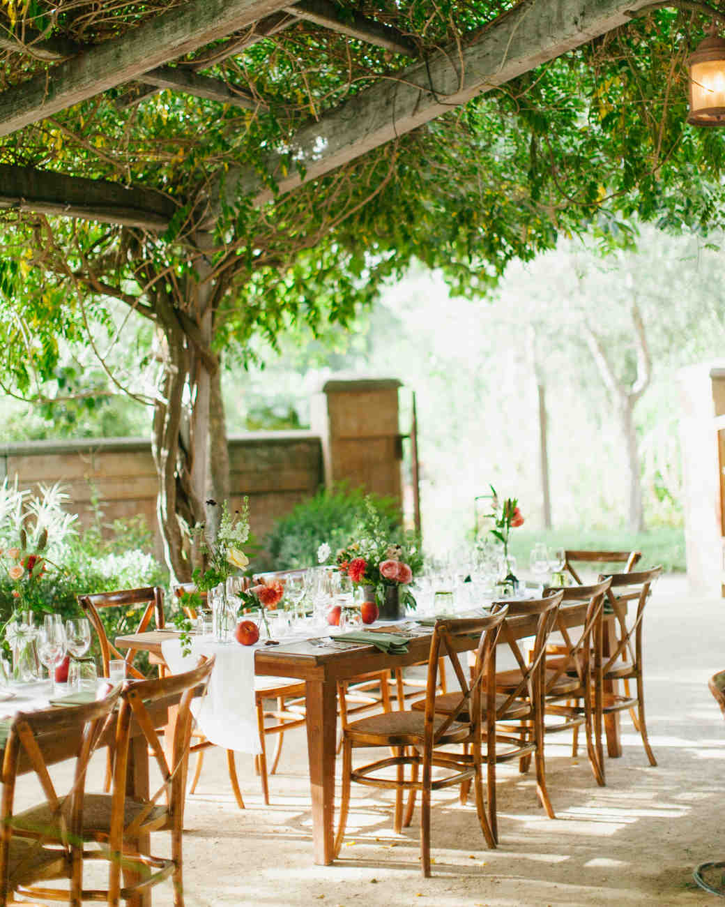 A Casual Garden Party Wedding In Northern California Martha