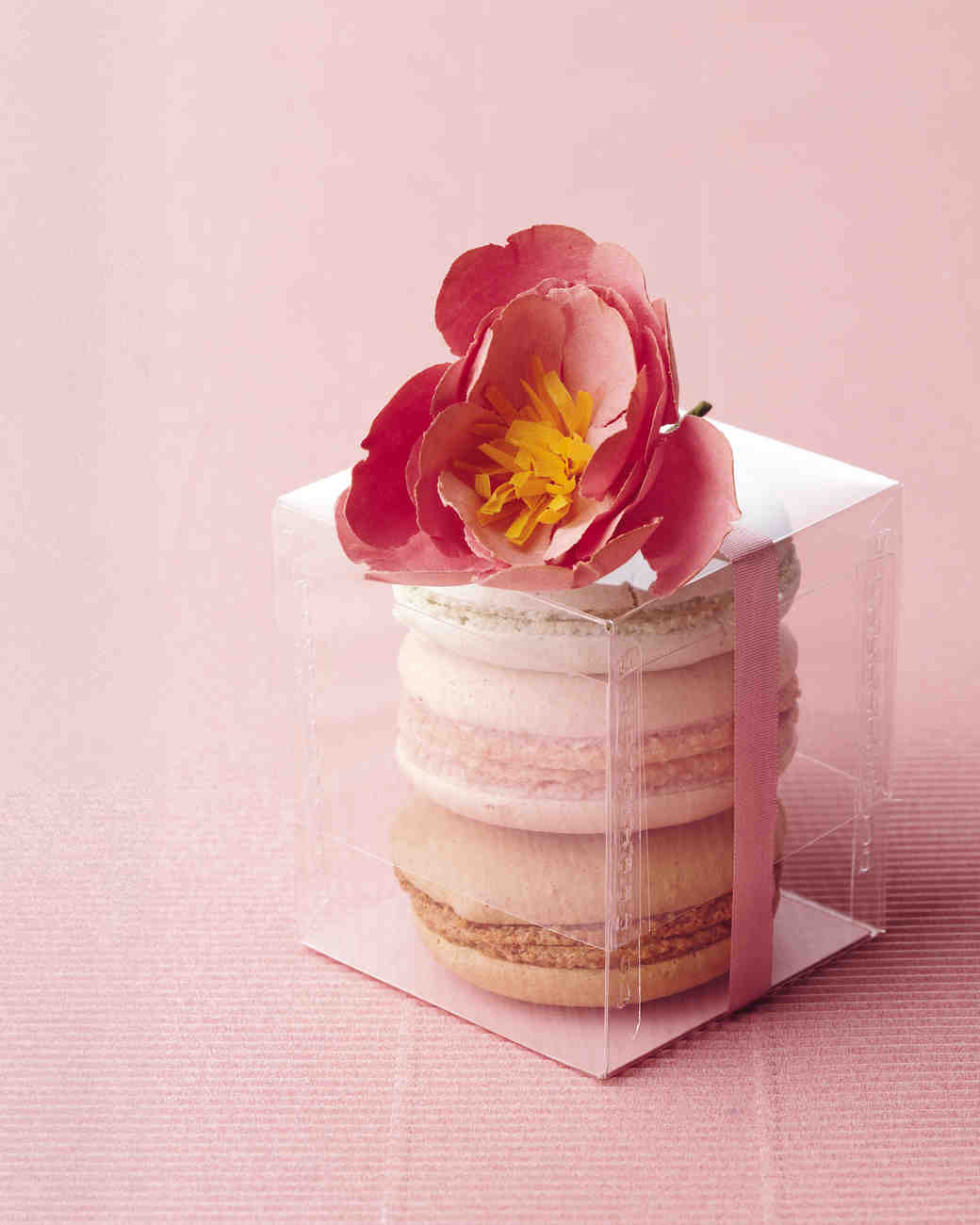 How French Macarons Became a Wedding Dessert Must-Have | Martha ...