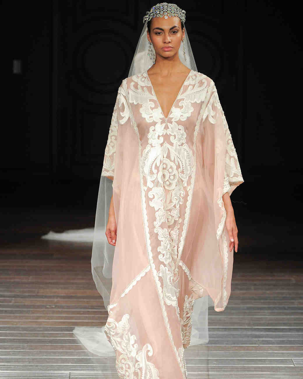 Naeem Khan Wedding Gowns: Naeem Khan Spring 2017 Wedding Dress Collection