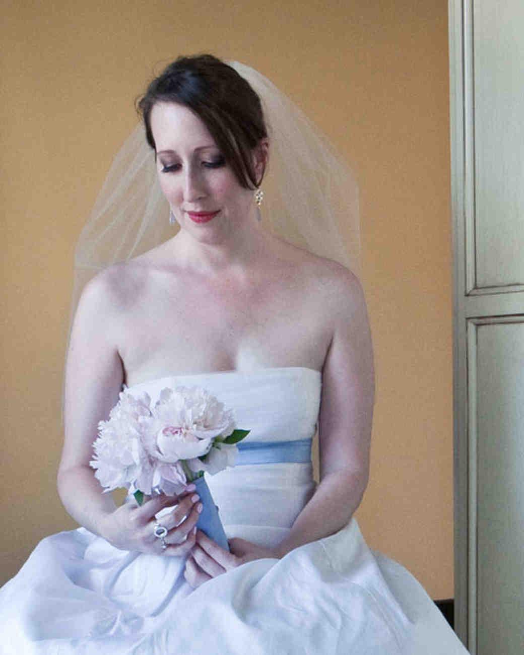 rw_1010_delaney_austin_bouquet_jf.jpg
