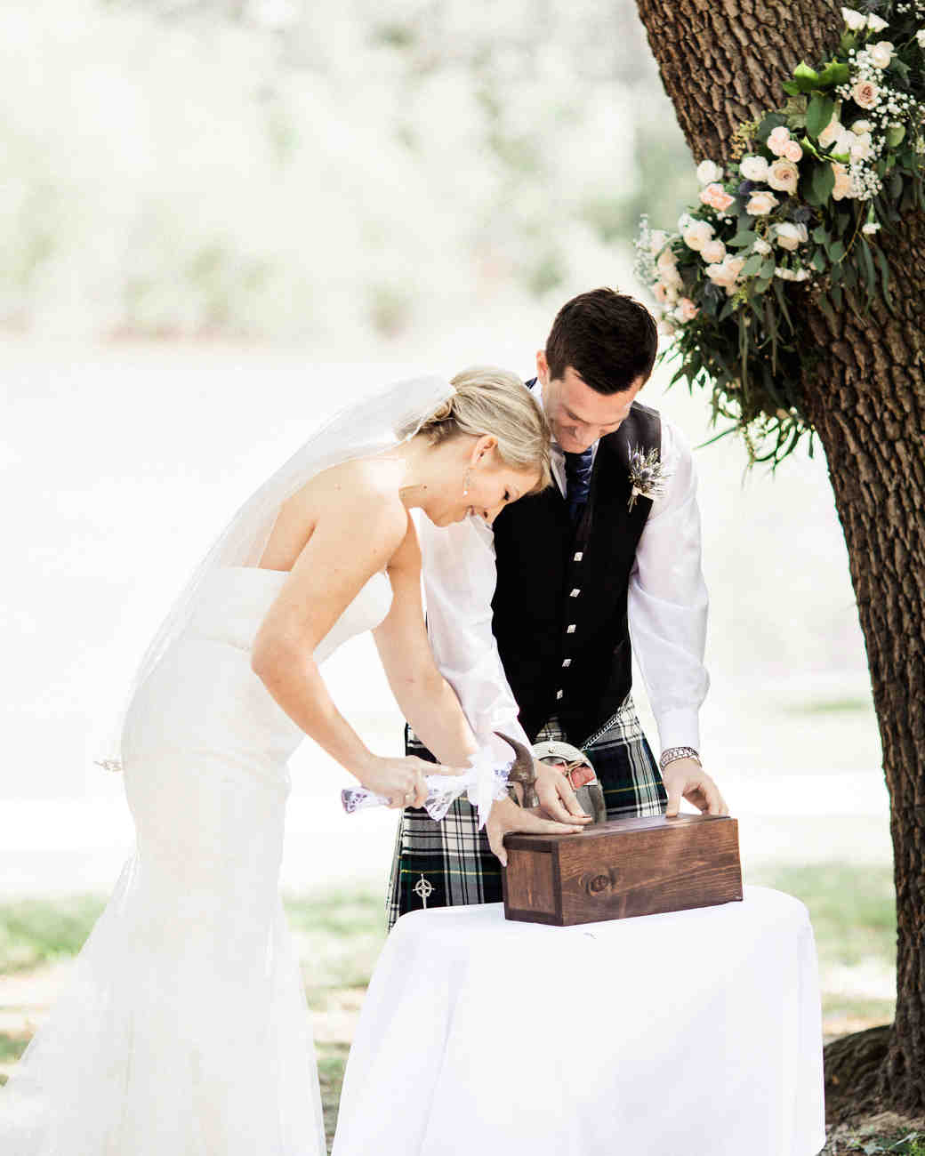 25 creative wedding rituals that symbolize unity martha stewart photography leighanne herr buycottarizona Images