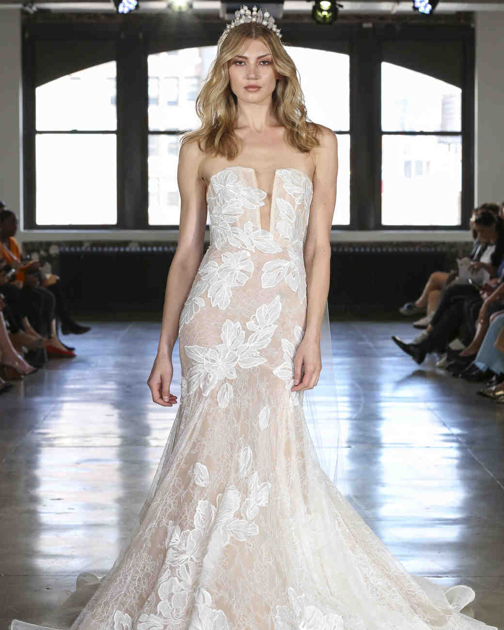 Watters trumpet wedding dress fall 2019