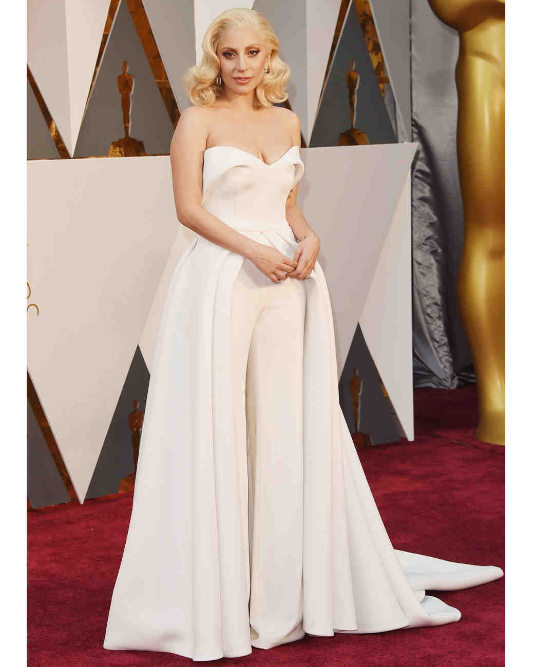 2016-oscars-dresses-lady-gaga-0216.jpg
