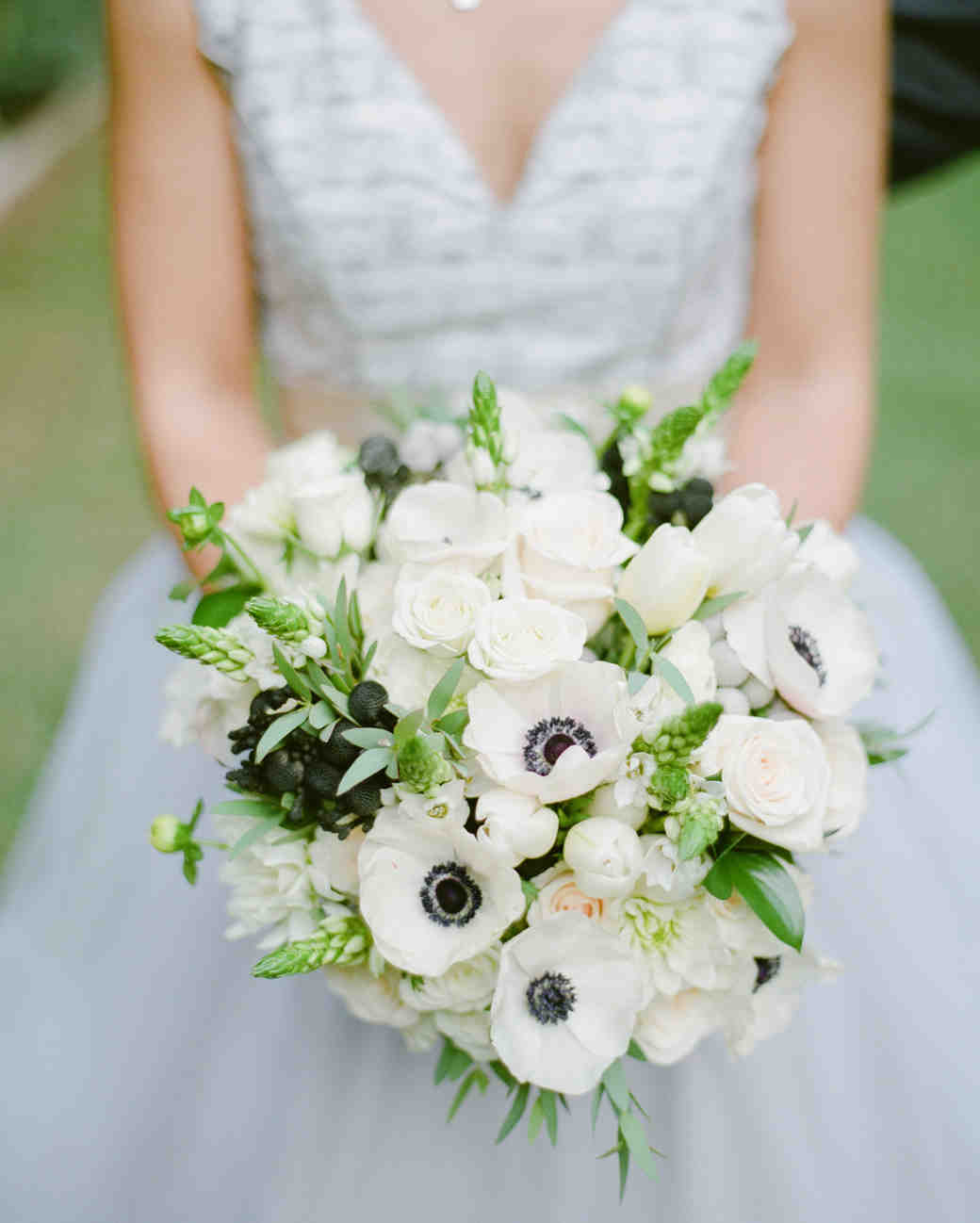 25 anemone wedding bouquets for every type of bride martha stewart 25 anemone wedding bouquets for every type of bride martha stewart weddings izmirmasajfo