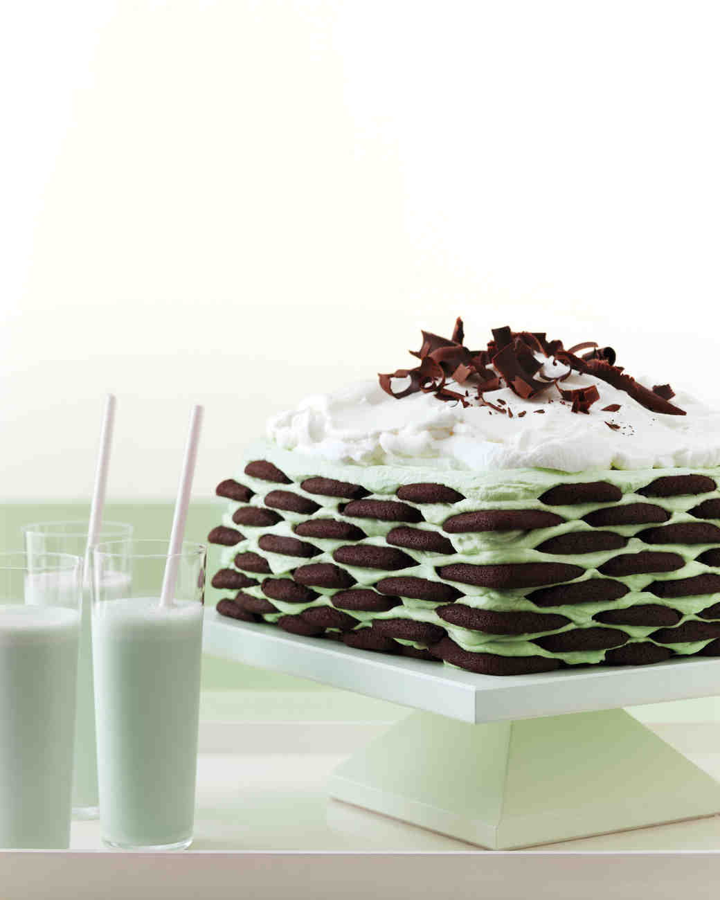 cakes-grasshopper-heaven-mwd108165.jpg
