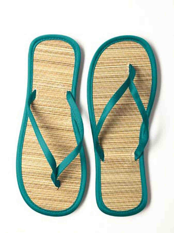 dessy-group-inspiration-footwear-5.jpg