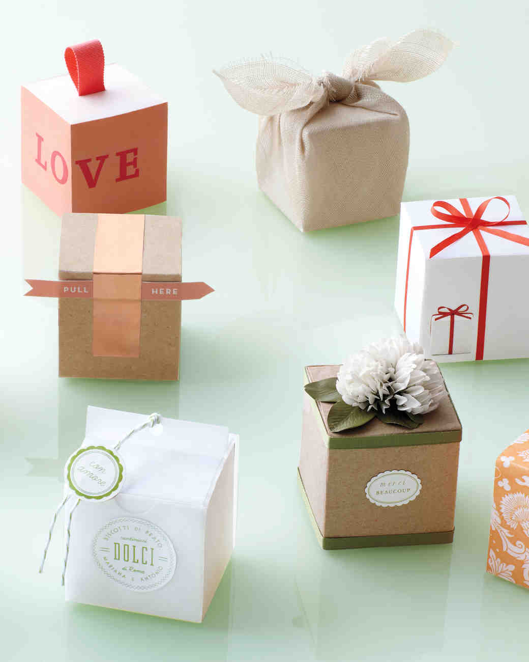 10 Ways to Decorate a Favor Box | Martha Stewart Weddings
