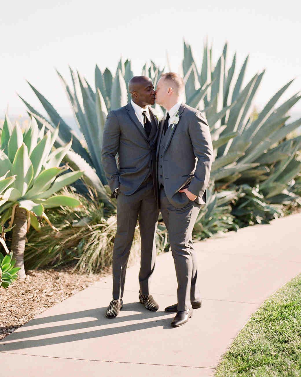 henery michael wedding ceremony couple kissing