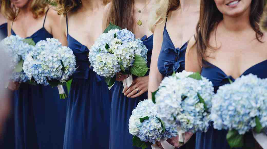 How to Keep Your Long-Distance Bridesmaid in the Loop