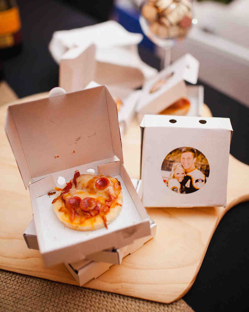 mini pizza edible wedding favors