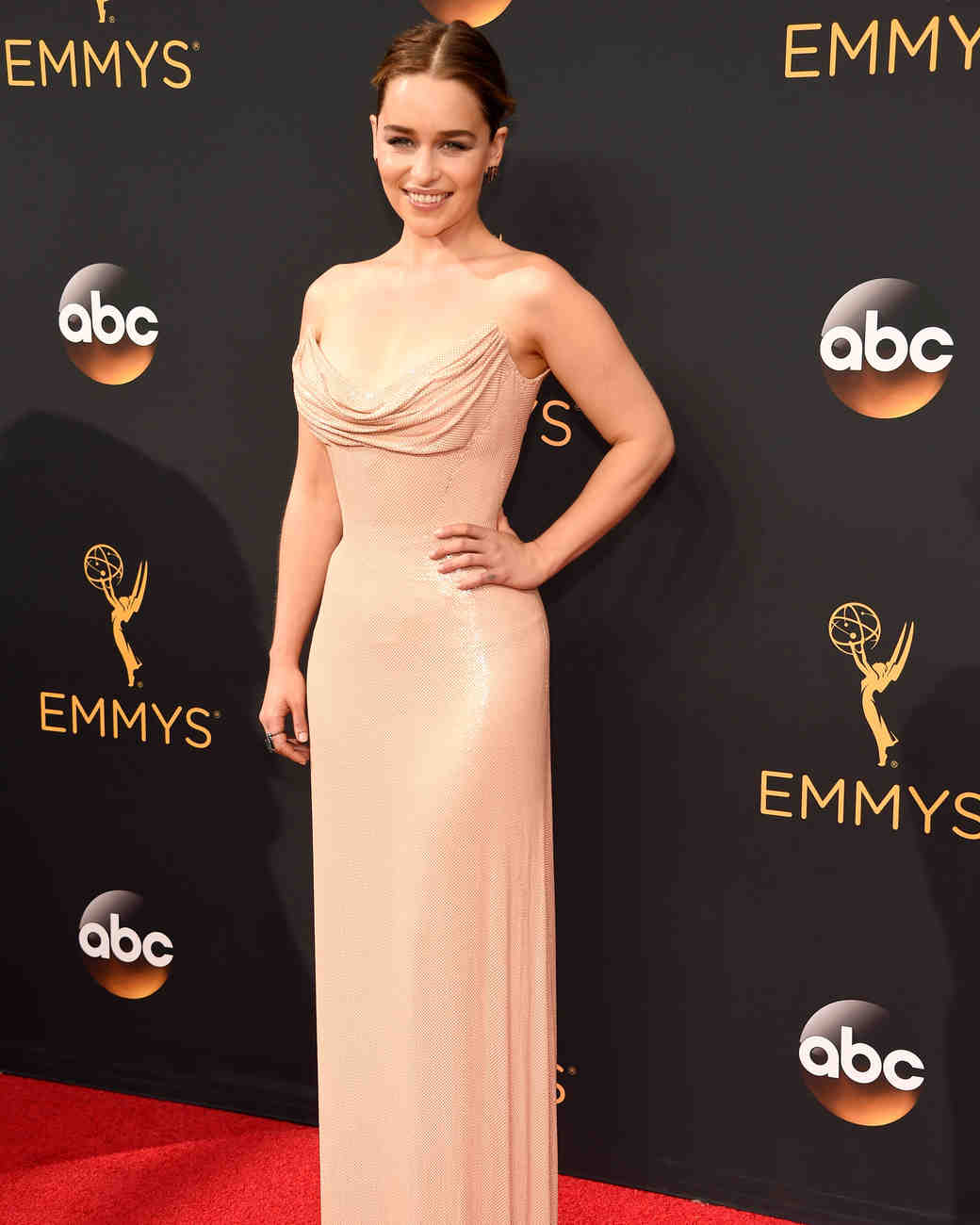 Emilia Clarke Emmy Awards 2016