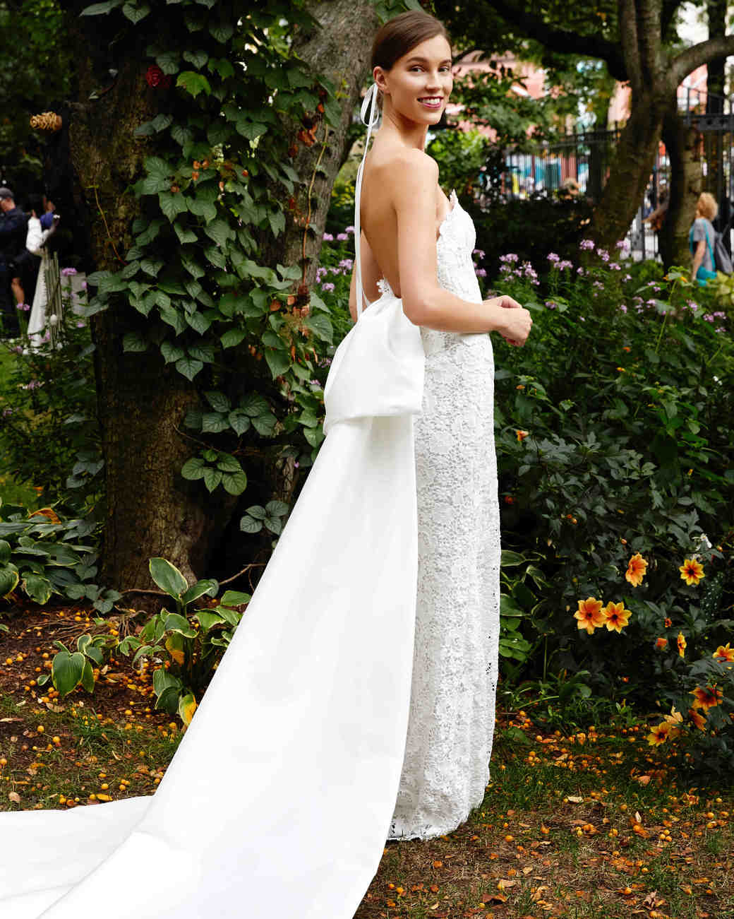 Lela Rose Strapless Wedding Dress With Train Fall 2019: Short Wedding Dresses Romantic Flowy At Reisefeber.org