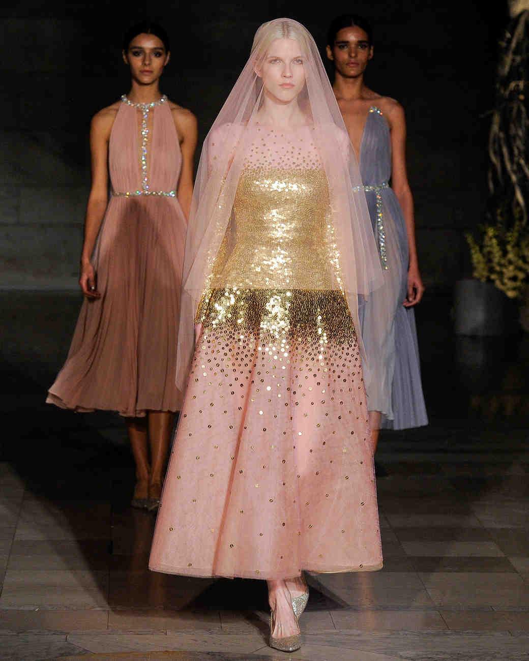 reem acra fall 2019 pink short with straight skirt glitter wedding dress