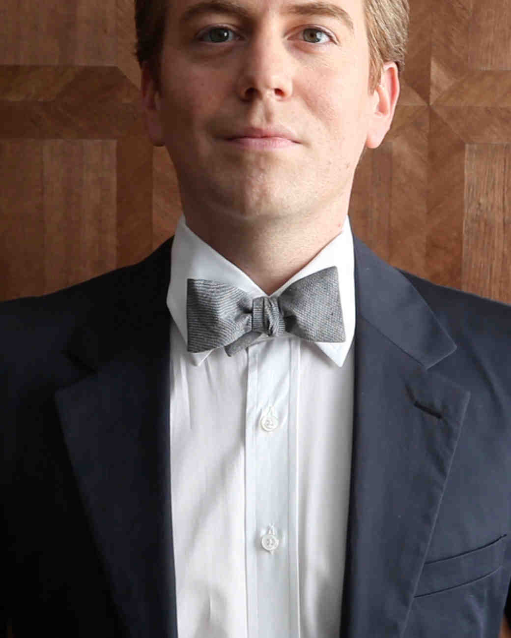 tie-video-screen-grabs-bow-tie-0715.jpg