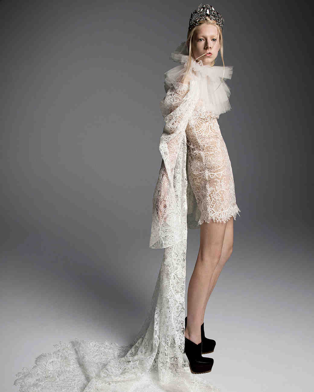 3f2ea66041f2 Long Sleeve Lace Wedding Dress Vera Wang