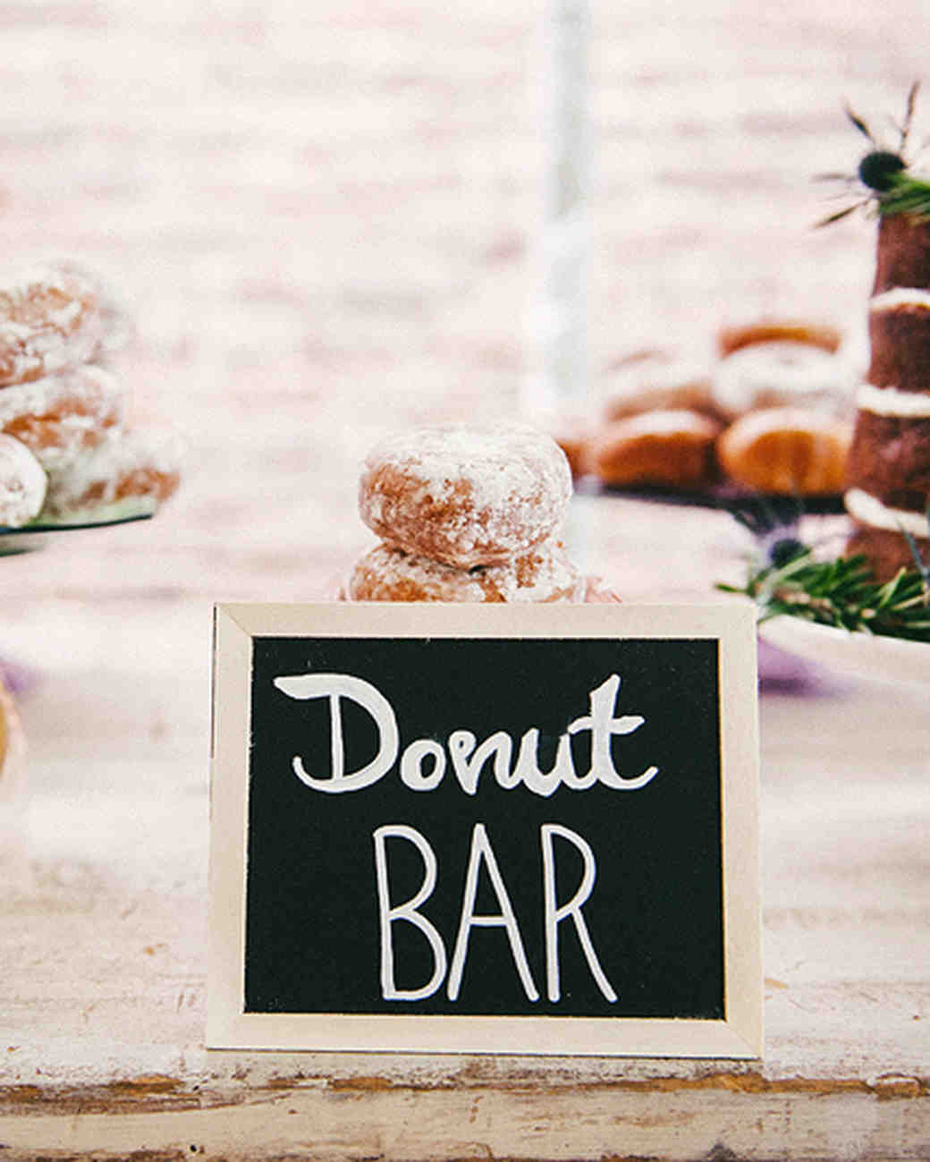 wedding-brunch-ideas-donut-bar-0416.jpg