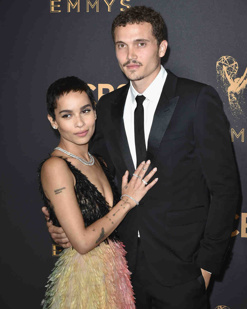 zoe kravitz karl glusman together at the emmys