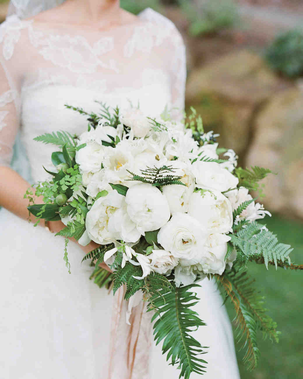 lush white bouquet