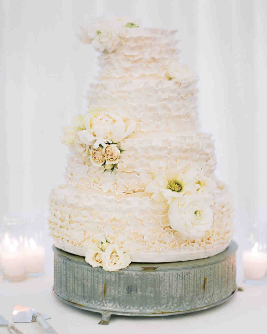 25 New Takes On Traditional Wedding Cake Flavors | Martha Stewart Weddings