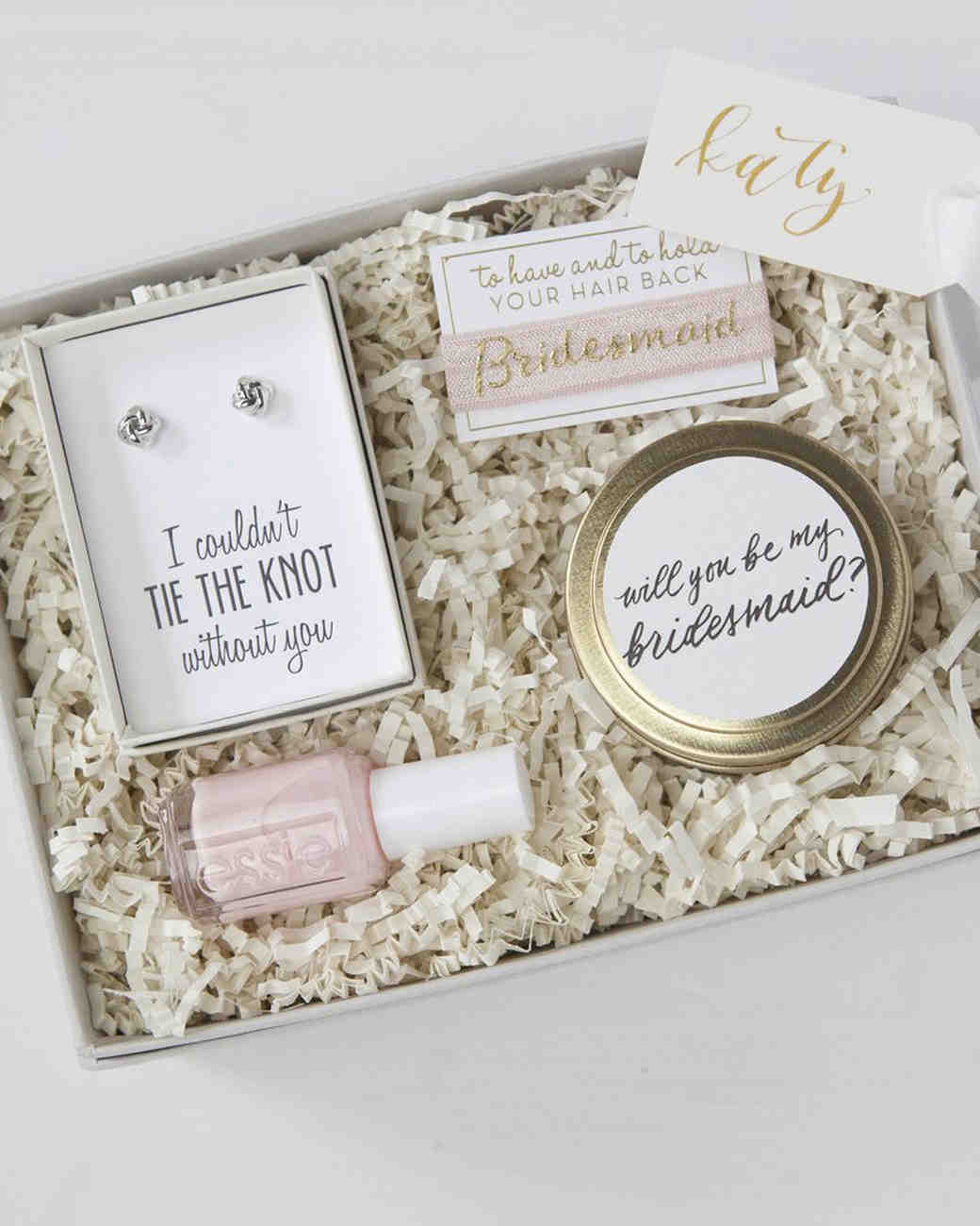 38 cute and creative ways to ask your friends to be bridesmaids