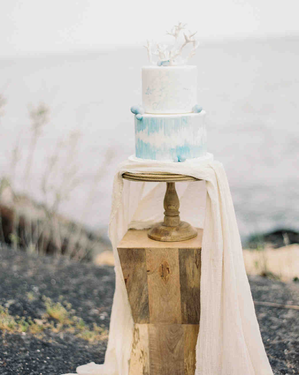 30 amazing beach wedding cakes martha stewart weddings junglespirit Choice Image