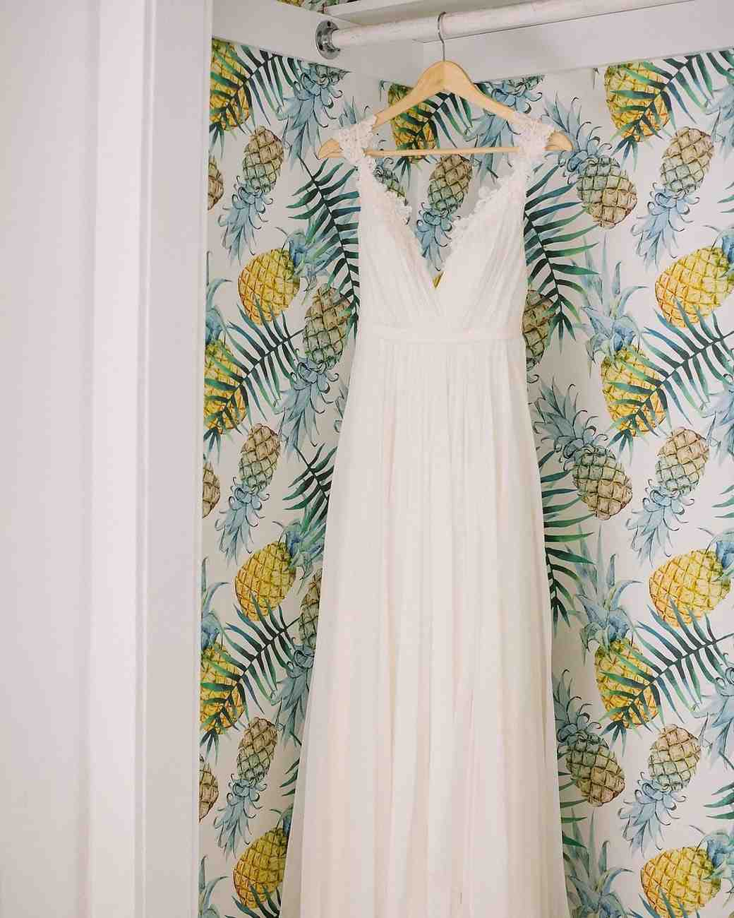 wedding dress pineapple wallpaper