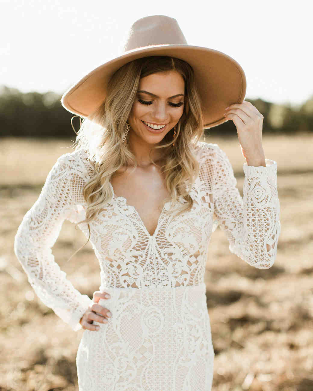 20 Unique Ways To Wear A Hat On Your Wedding Day