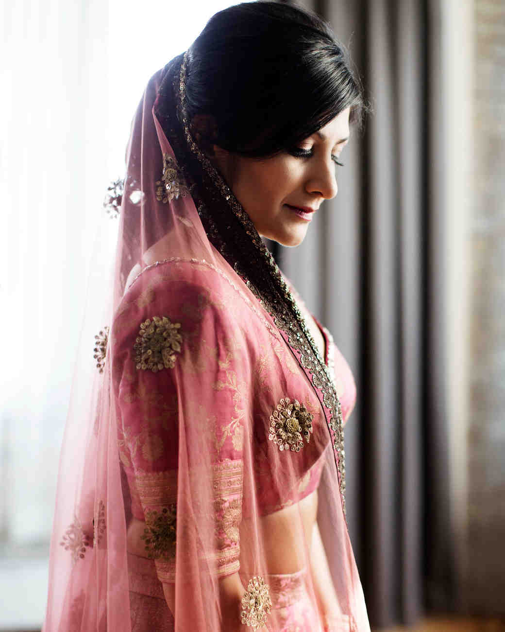 68e2691df2 This Couple Put a Modern Twist on Their Indian Wedding in ...