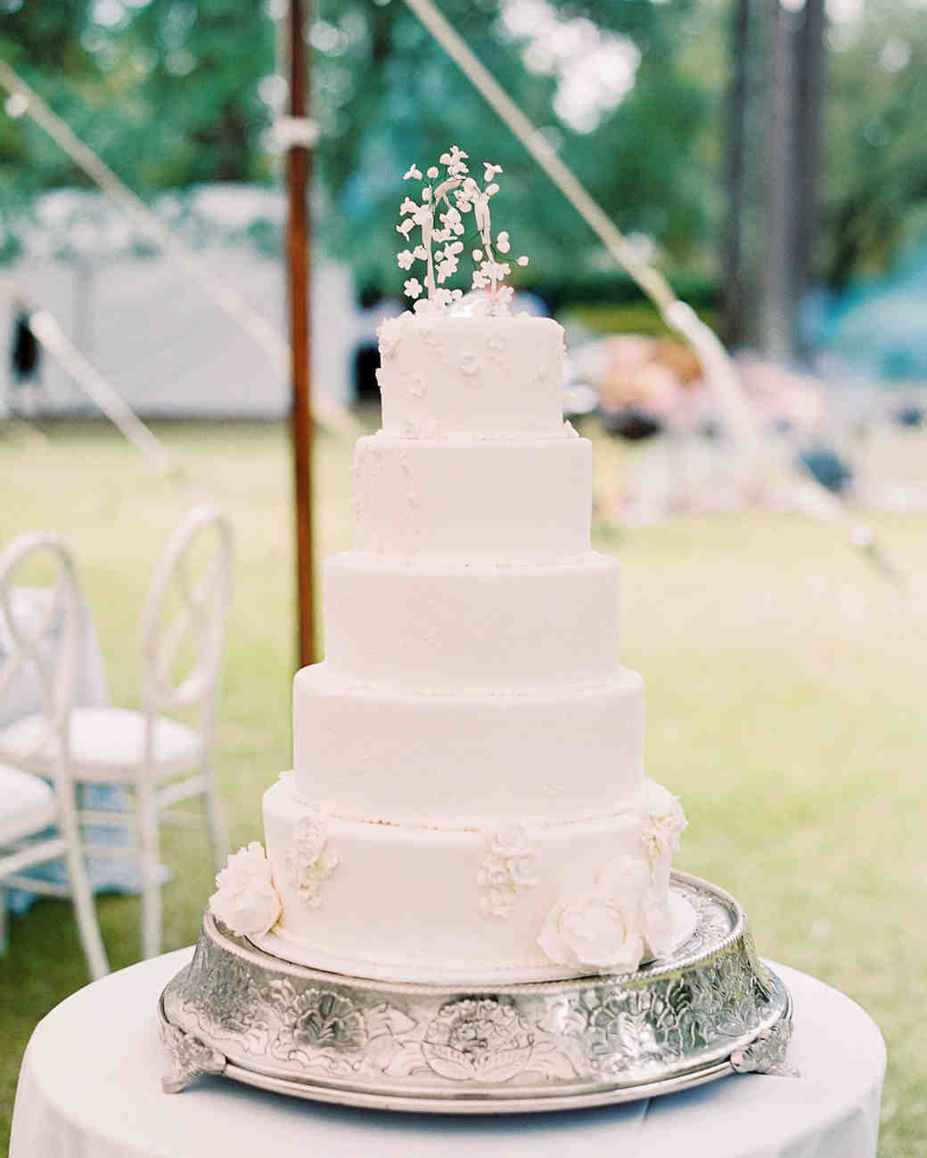 julia mitchell wedding cake