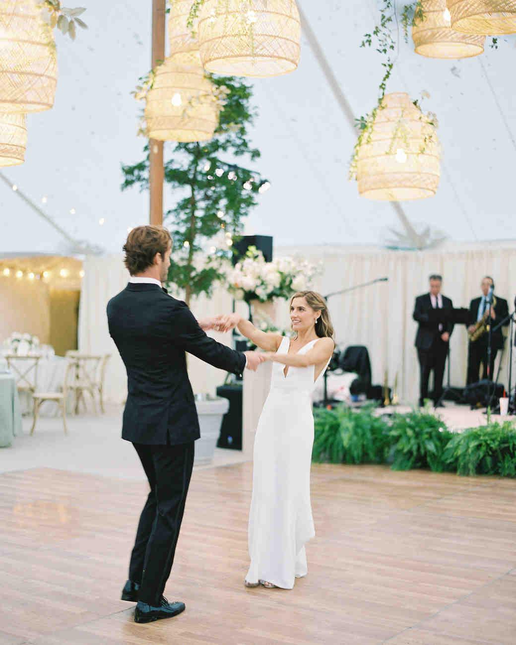 lauren alex wedding first dance