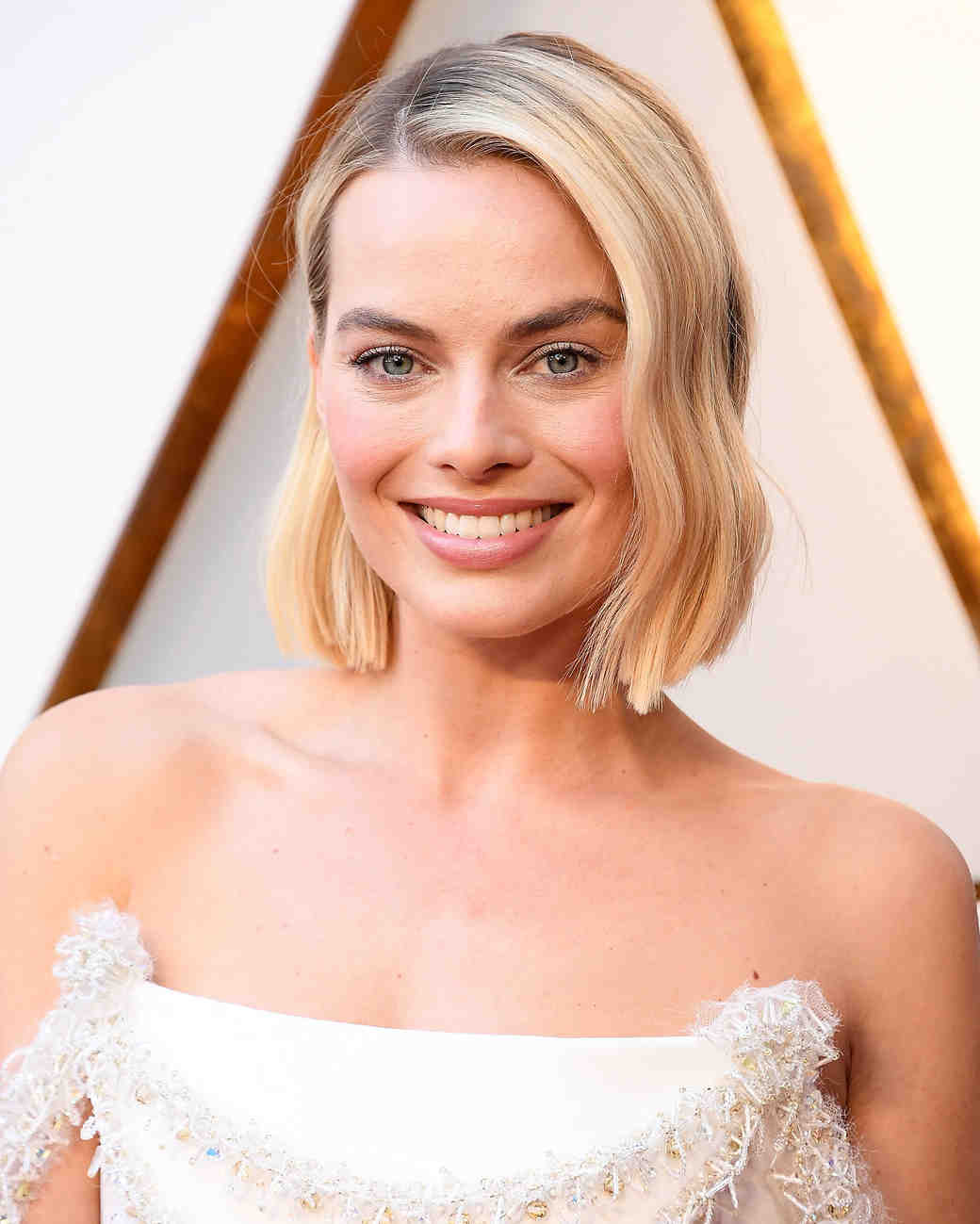 margot robbie makeup 2018 oscars