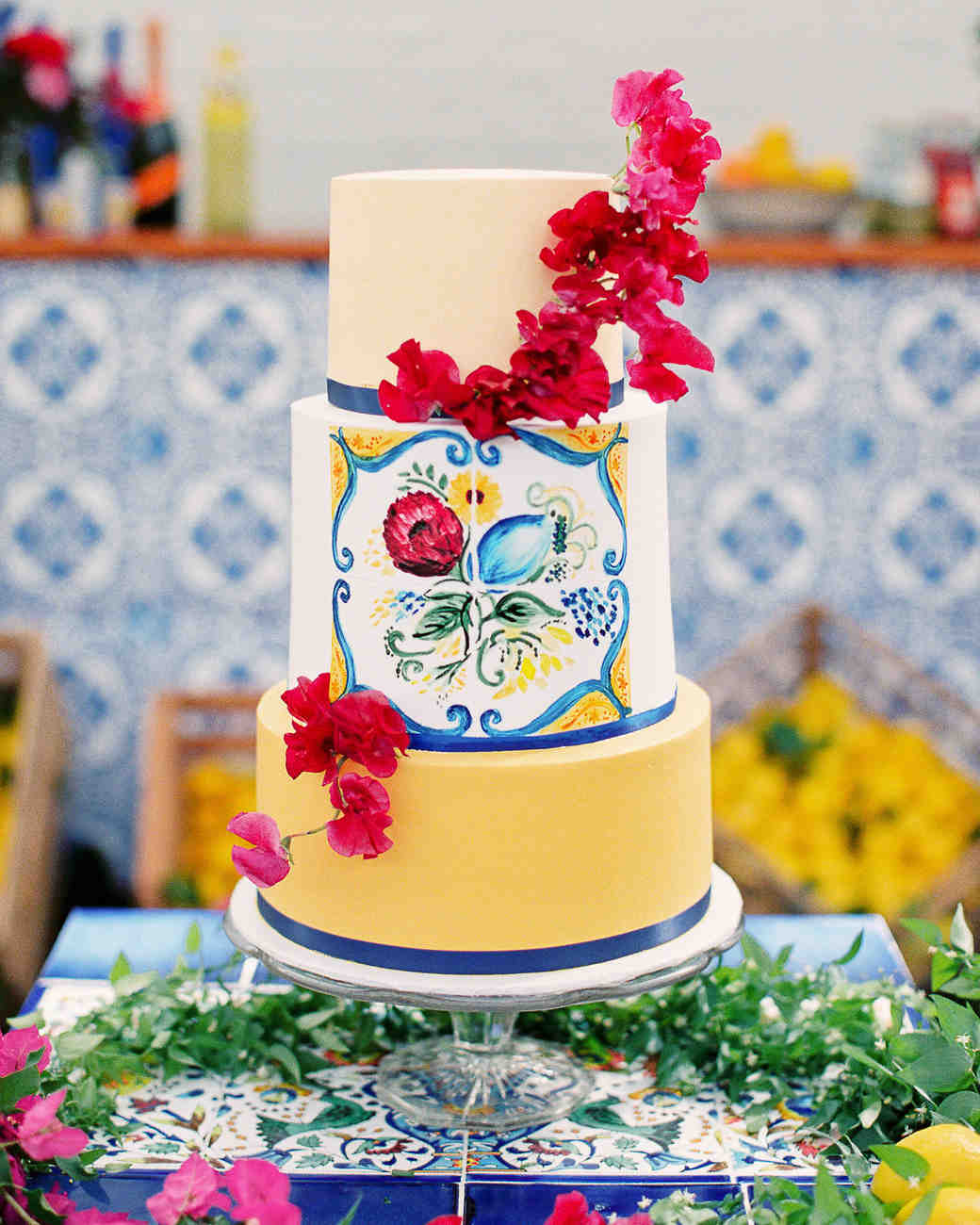 summer wedding cakes mediterranean