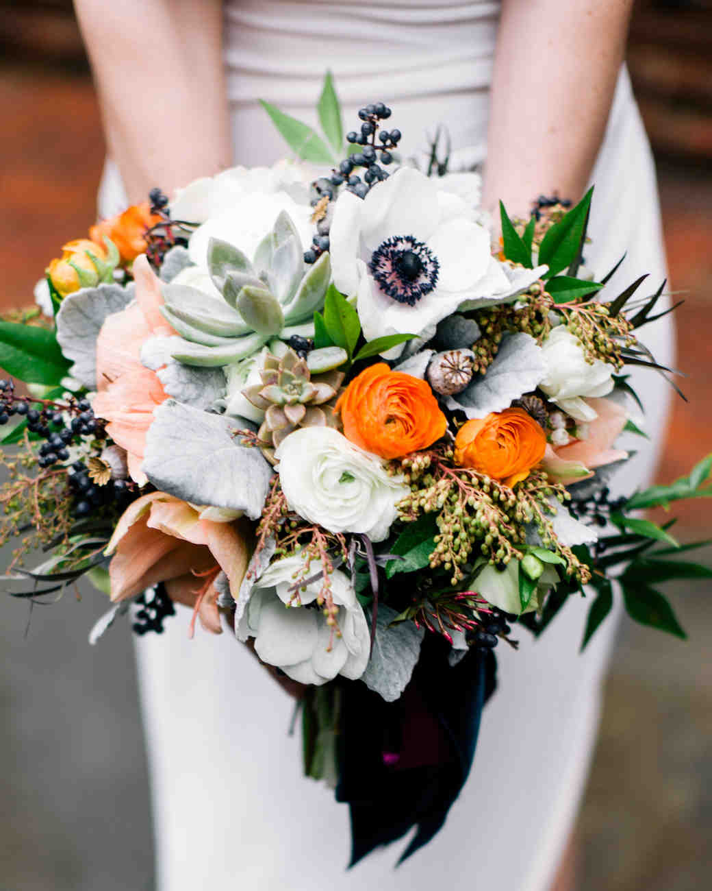 Unique wedding bouquets martha stewart weddings for Wedding flowers ideas pictures