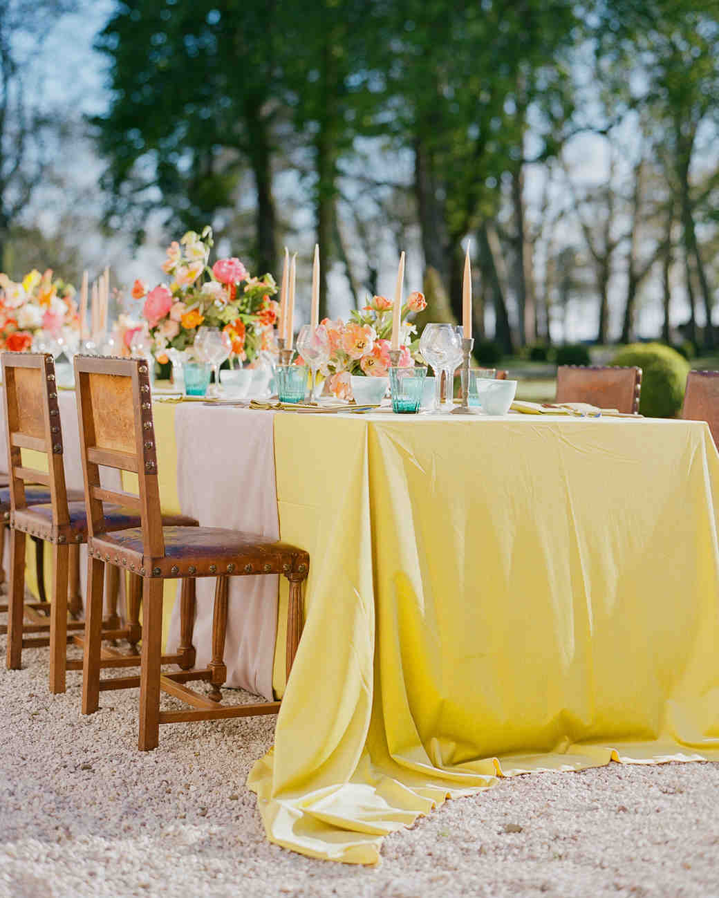 24 Yellow Wedding Ideas That Will Make Your Day Bright and Cheery ...