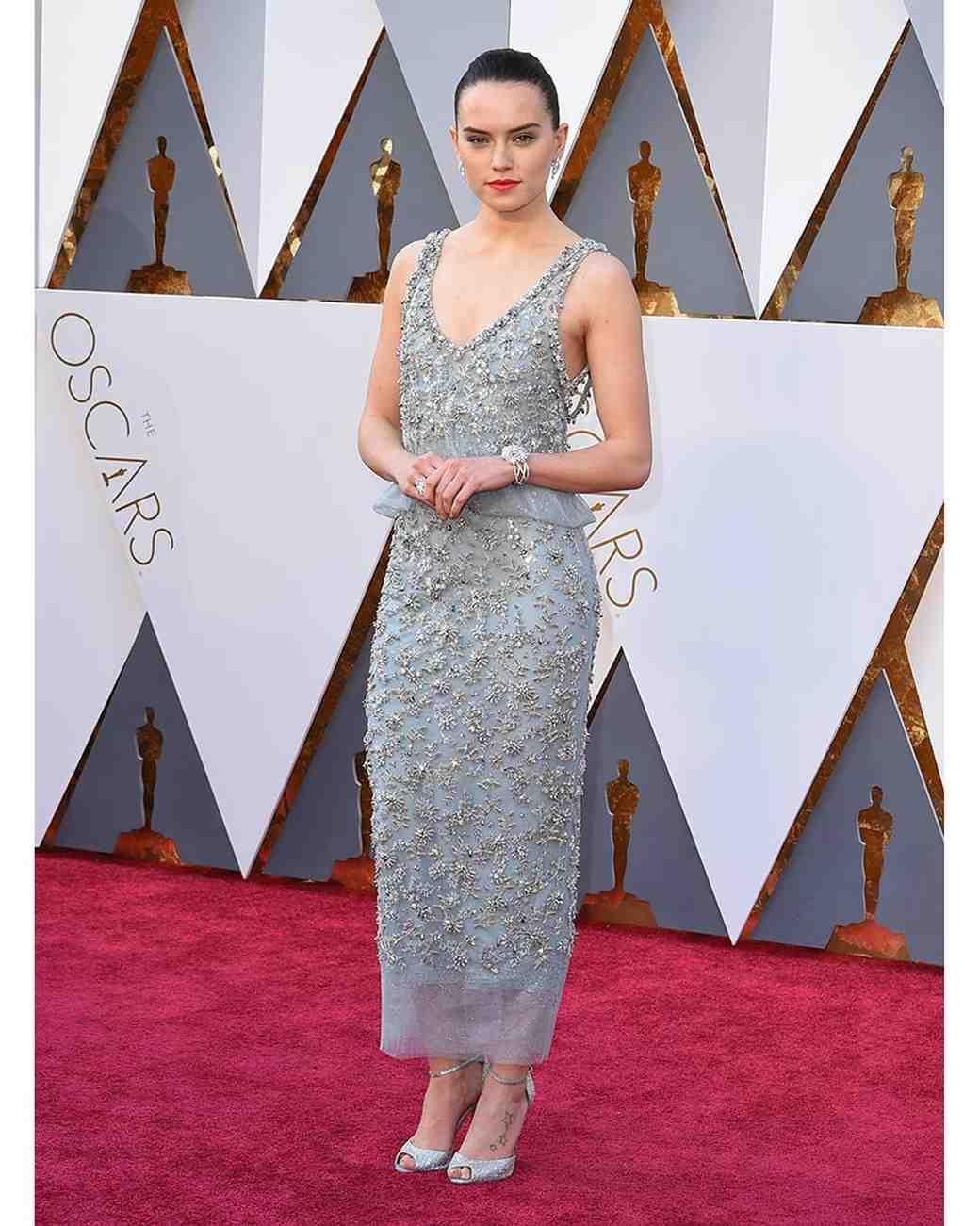 2016-oscars-dresses-daisy-ridley-0216.jpg