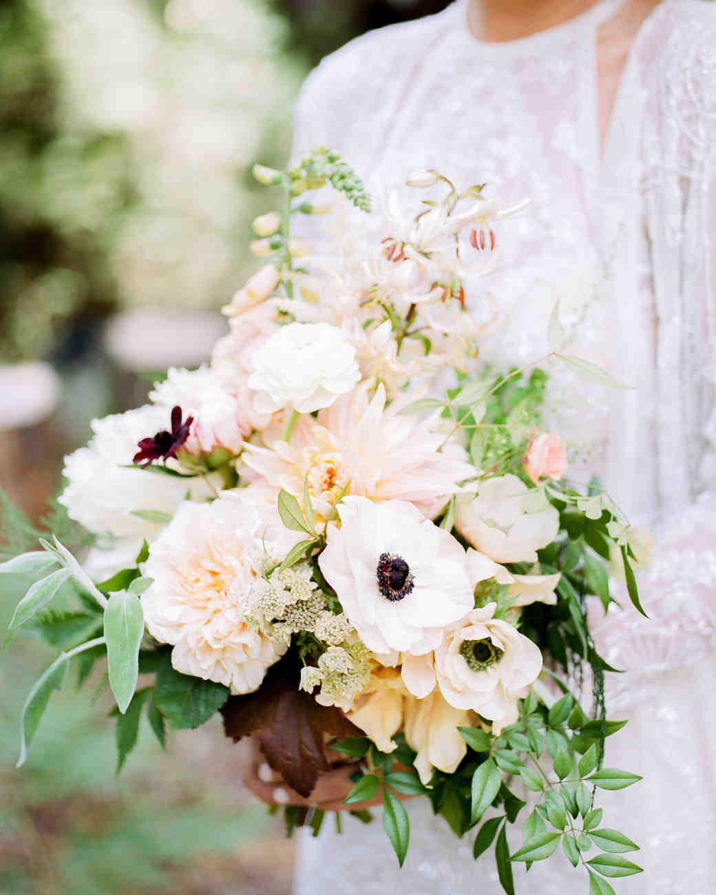 amanda chase wedding bride floral bouquet