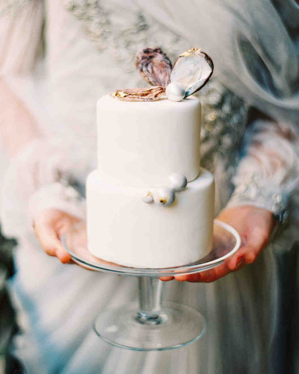 Mini Wedding Cake Decorated with Pearls and Shells