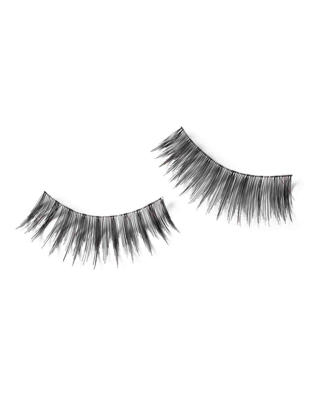 beauty-revlon-eye-lashes-080-md109153.jpg