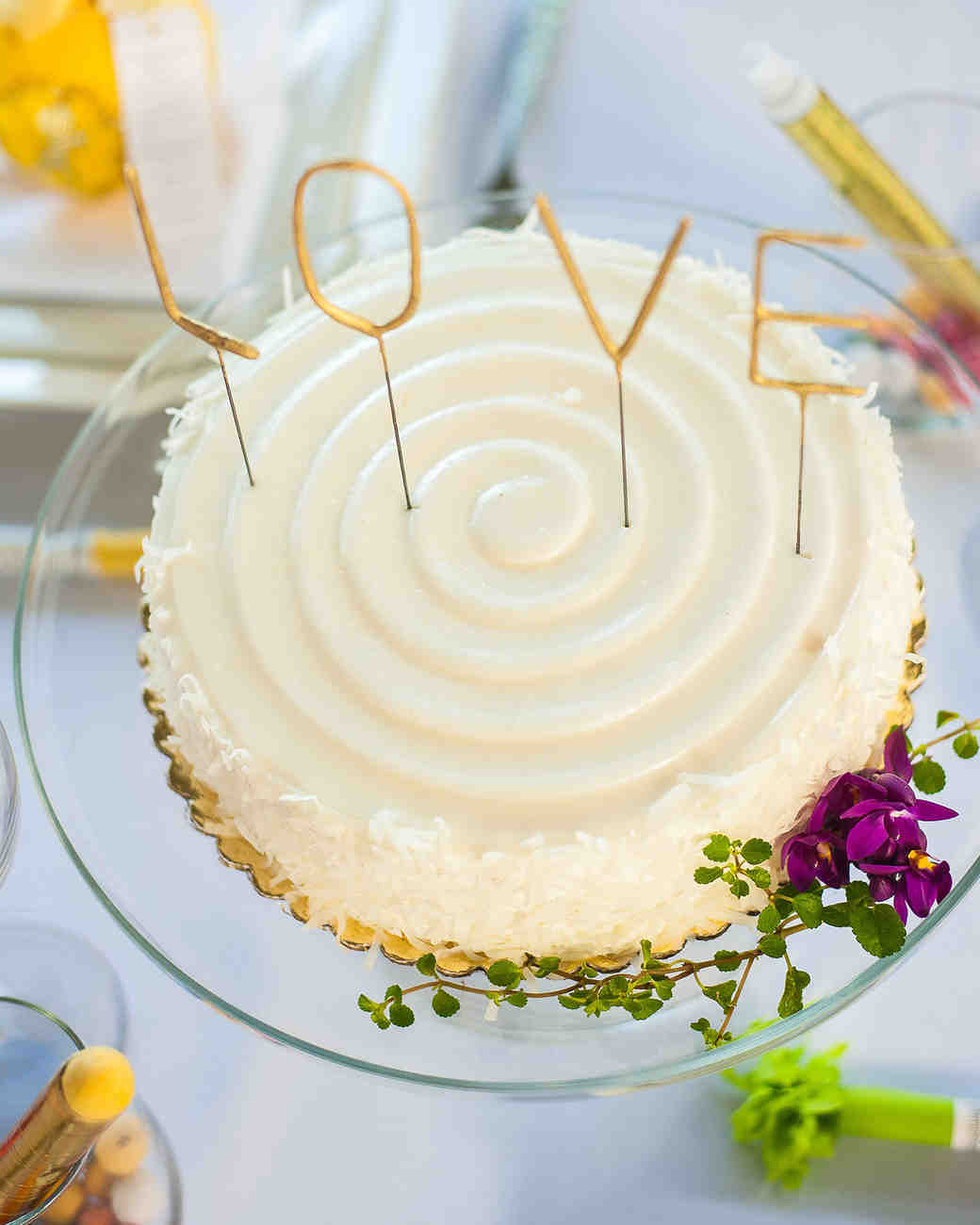 21 Adorably Unusual Wedding Cake Toppers 21 Adorably Unusual Wedding Cake Toppers new pictures