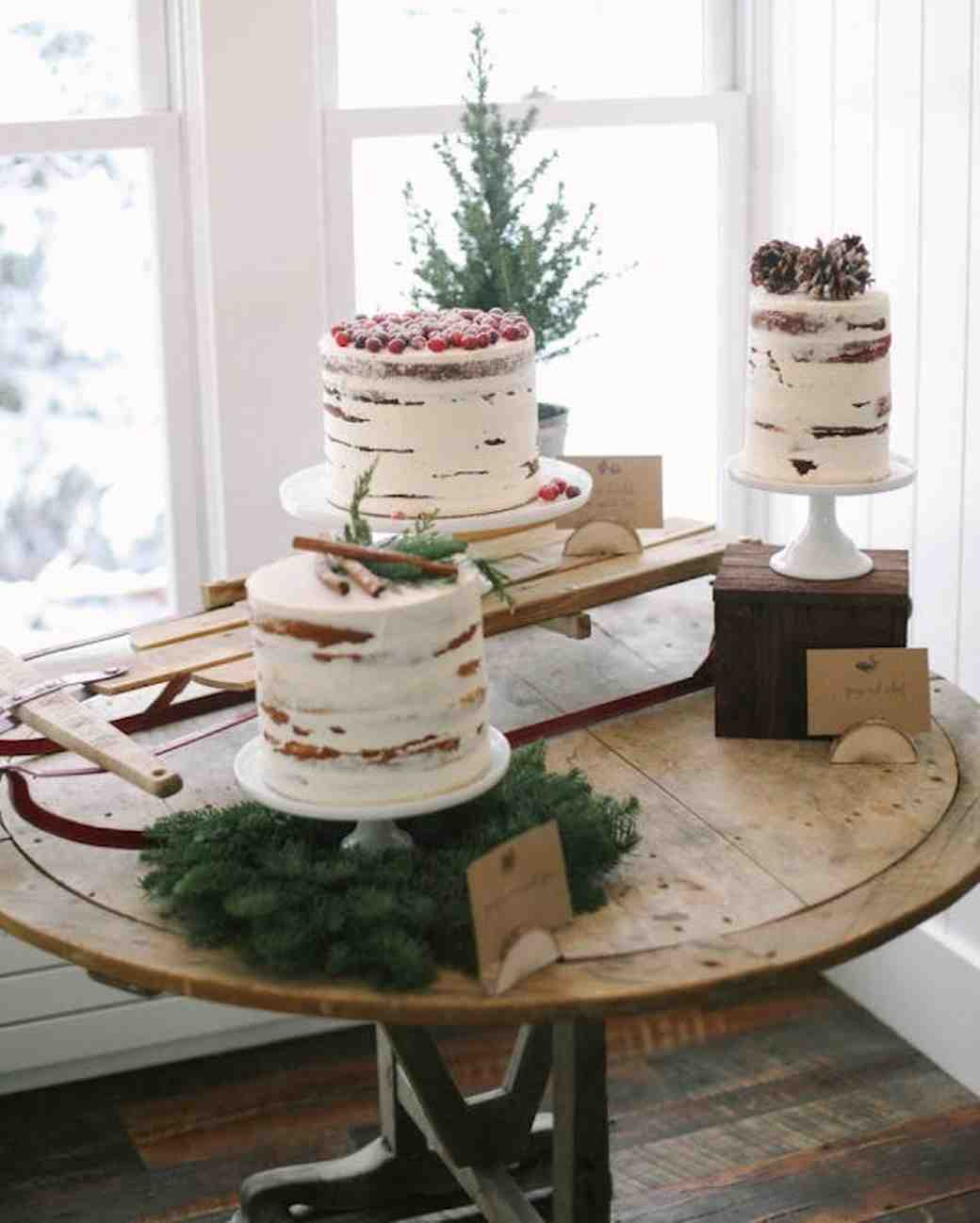 25 Festive Christmas Tree-Inspired Wedding Ideas