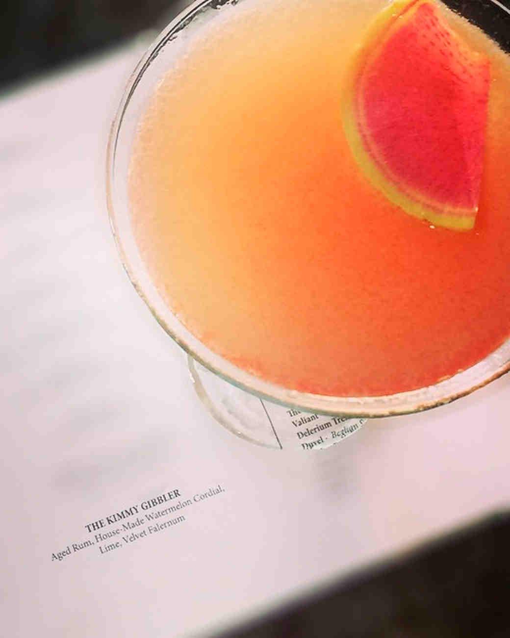 fuller-house-kimmy-gibbler-drink-1115.jpg