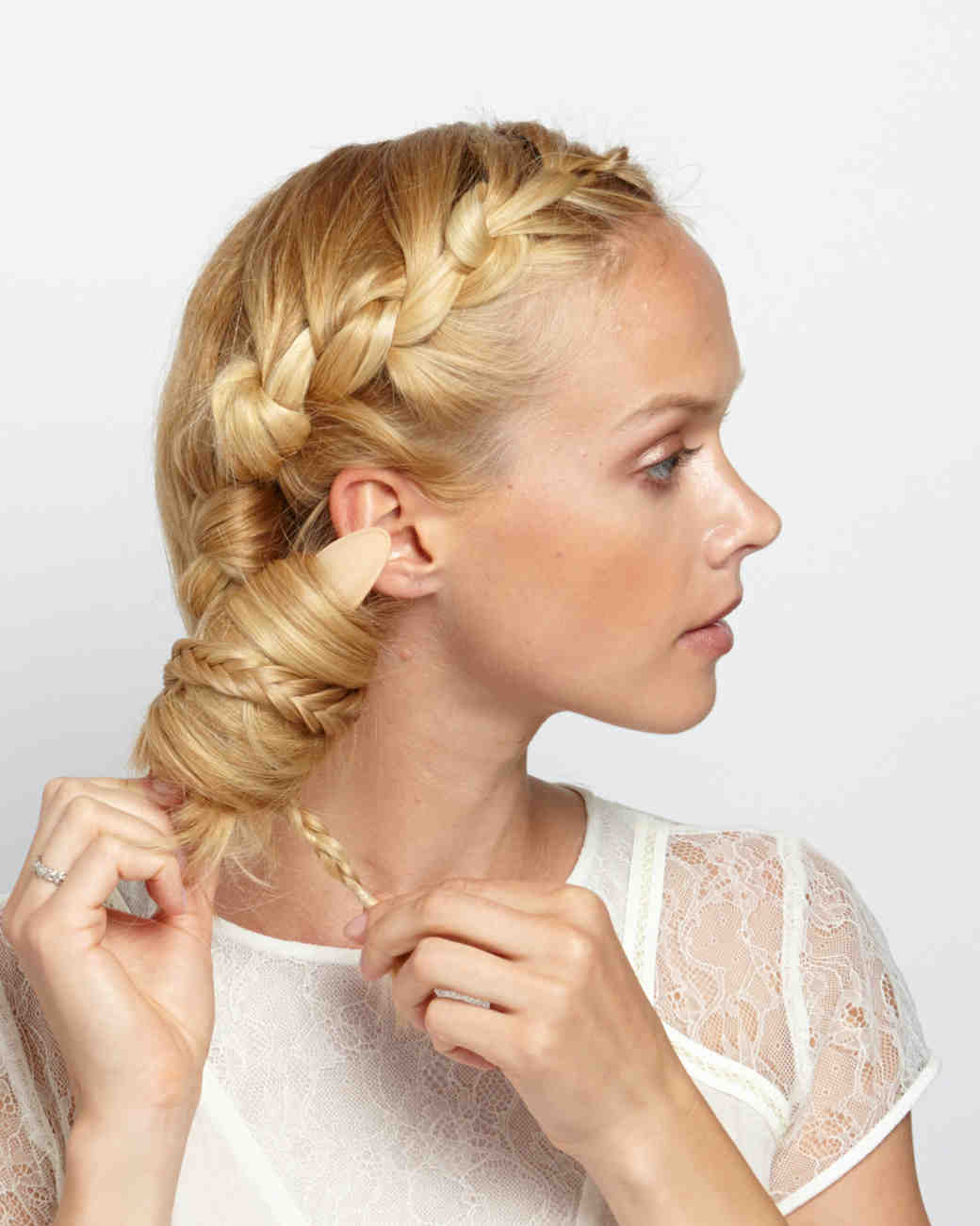 hidden-braid-step-3-5036-d111417-1014.jpg