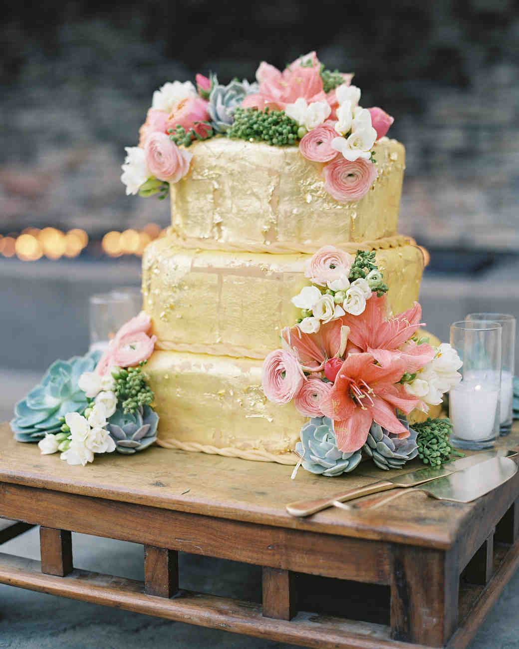 32 Amazing Wedding Cakes You Have to See to Believe | Martha Stewart ...