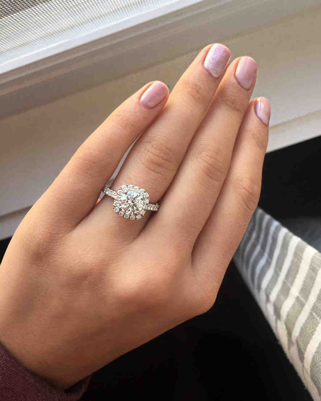kelsea ballerini engagement ring