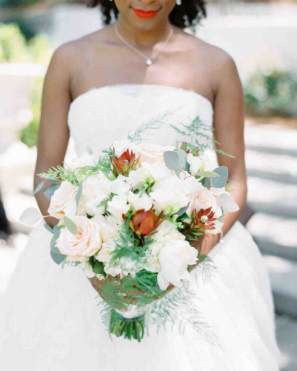 niara allen wedding bouquet