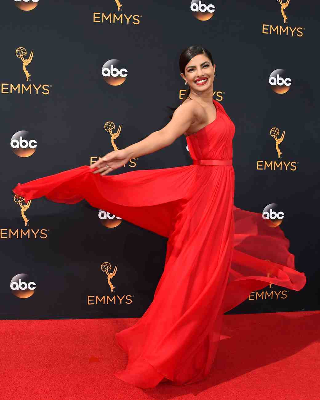 Priyanka Chopra Emmy Awards 2016