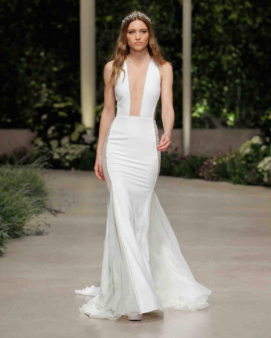 pronovias wedding dress spring 2019 square plunge neckline