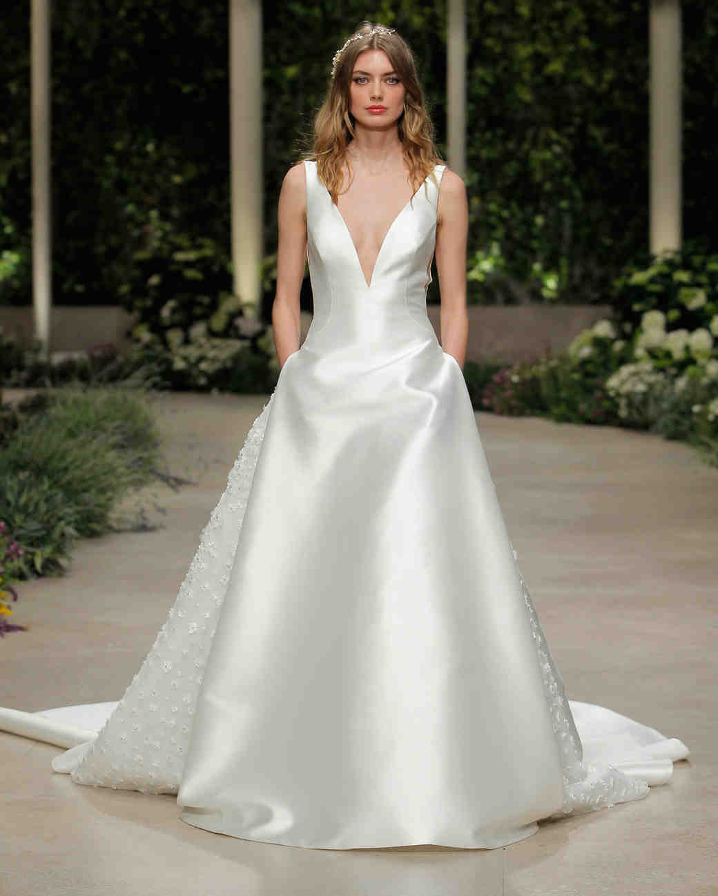 pronovias wedding dress spring 2019 v-neck satin